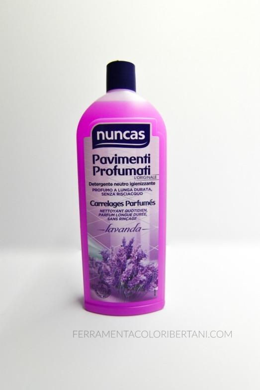 Detergente universale adatto a tutti i pavimenti