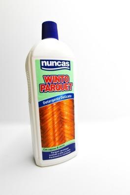 Detergente concentrato privo di solventi per pulire il parquet